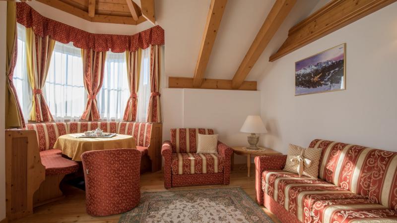 ampia suite hotel imperatore madonna di campiglio