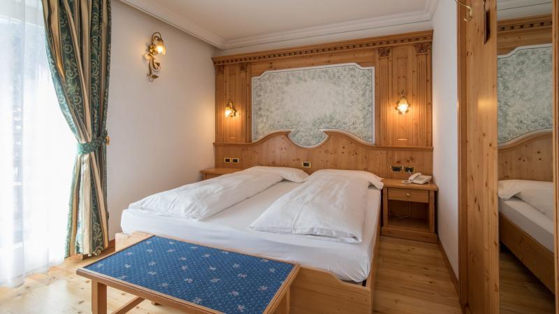 camera romantica hotel madonna di campiglio